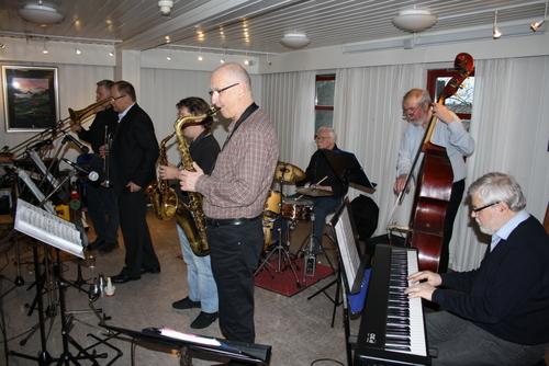 Borthen Swing Department