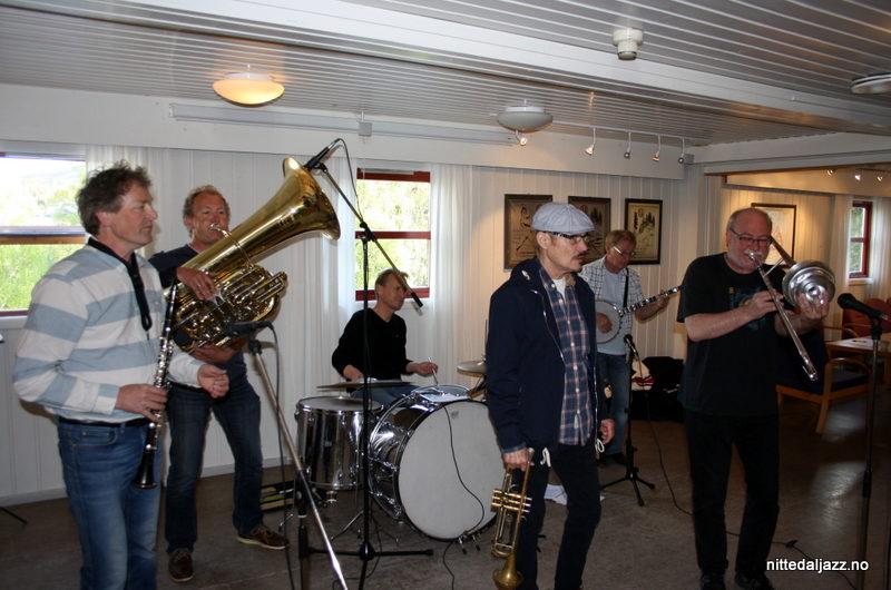 Konsert med Røshnes Jazzband 27. mai 2015